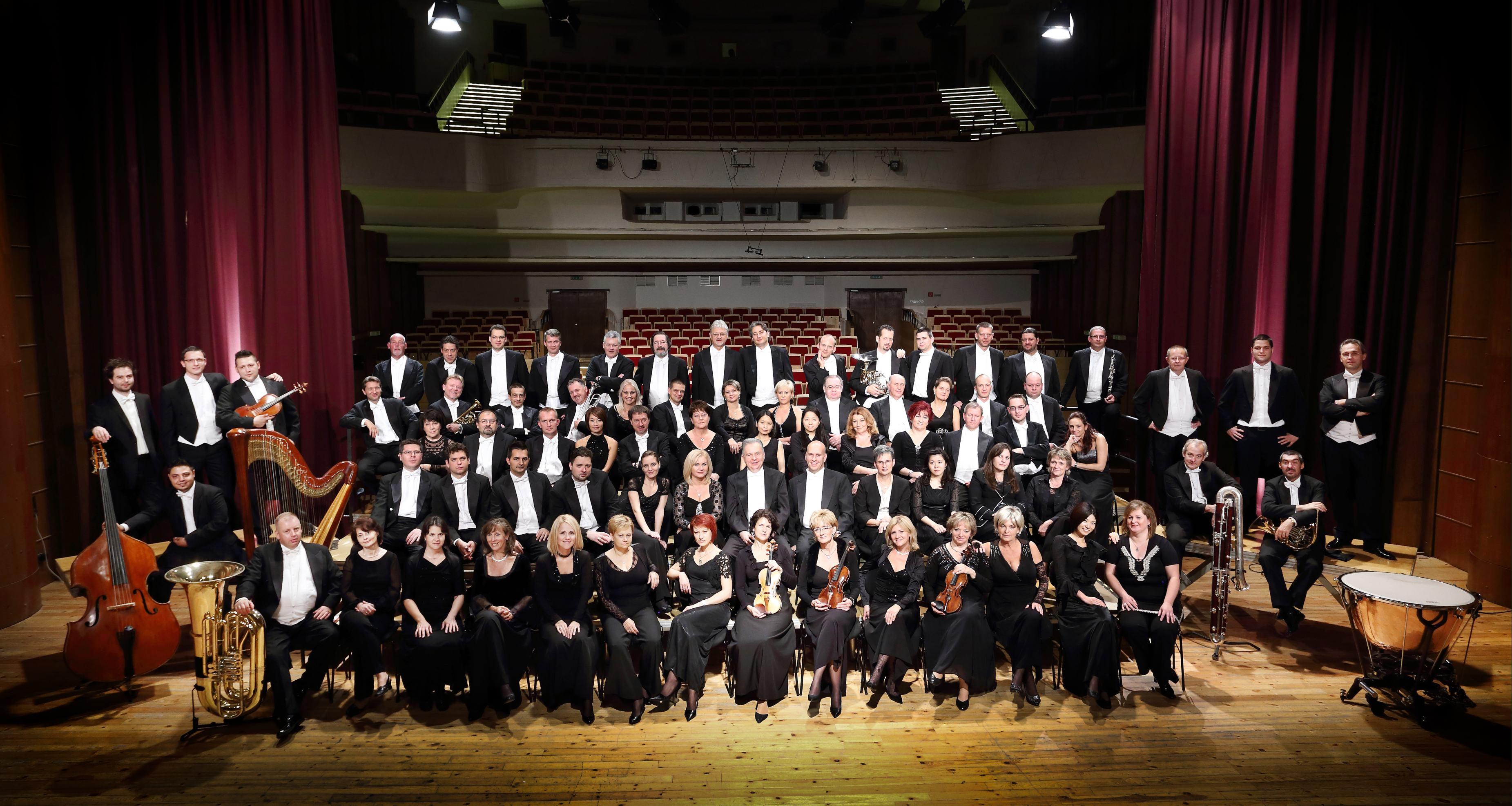 Gyori Filharmonikus Zenekar hivatalos fotó